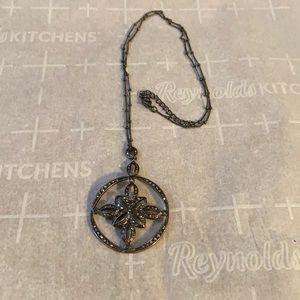 Faux women's necklace